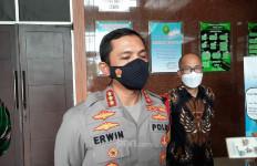 Simpatisan Habib Rizieq Datangi Pengadilan Minta Vonis Bebas, Kombes Erwin: Silakan Saja - JPNN.com
