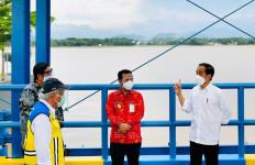 Resmikan Kolam Regulasi Nipa-Nipa, Jokowi Harap Banjir di Makassar Berkurang - JPNN.com