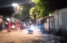 Mencekam, Ini Penyebab Bentrokan Warga di Pancoran Buntu II Rabu Malam - JPNN.com