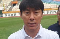PSSI Bantah Shin Tae Yong Positif Covid-19, Yunus: Tolong, Jangan Menebar Fitnah - JPNN.com