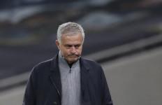 Keras Banget nih Kritikan Mourinho ke Pemain Spurs - JPNN.com