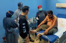 Driver Taksol Ditembak Penumpang di Bagian Leher, Pelaku Masih Diburu Polisi - JPNN.com