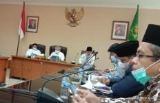 Guru Agama Honorer Kebumen Bertemu Petinggi Kemenag, Gus Yaqut Sedang Tak Enak Badan - JPNN.com
