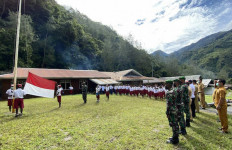 Satgas TNI Menumbuhkan Nasionalisme Kepada Siswa di Papua, Begini Contohnya - JPNN.com