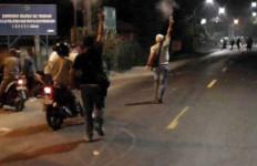 Tawuran Antarpemuda Pecah di Medan, Polisi Sampai Lepaskan Tembakan Peringatan - JPNN.com