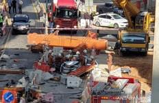 Garap Proyek Tol, TKA Asal China Tewas Gegara Crane Roboh - JPNN.com