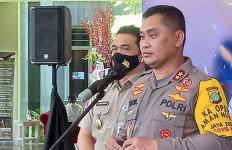 Soal Hubungan Terduga Teroris di Jaktim-Bekasi dengan Bom Bunuh Diri di Makassar, Simak Penjelasan Irjen Fadil - JPNN.com