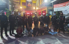 Lihat Nih Hasil Tangkapan Tim Pemburu Preman, AKBP Bismo Bangga Banget - JPNN.com