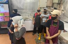 Malaysia Tangkap 21 Pekerja Migran Indonesia di Restoran, Apa Kesalahan Mereka? - JPNN.com
