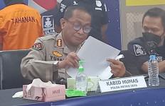 Tipu Korban dengan Modus Rekrutmen Karyawan PT Waskita, Wanita Hamil Ini Pasrah saat Dijemput Polisi - JPNN.com