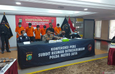 Kapten M Masih Buron, Kombes Yusri: Kami Buru - JPNN.com