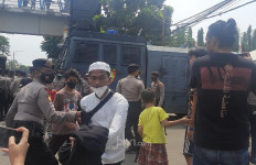 Ada yang Khawatir Para Saksi Berhubungan sebelum Sidang Habib Rizieq Digelar - JPNN.com