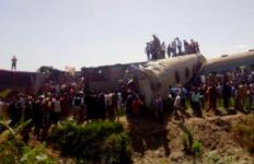Dua Kereta Api Bertabrakan dan Tergelincir, Ratusan Penumpang Terluka - JPNN.com