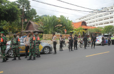 Irjen Iqbal Mengeluarkan Perintah, Anak Buah Gerak Cepat, Kolonel Gunawan Ikut Keliling - JPNN.com