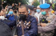 Sidang Habib Rizieq Bakal Tertutup dan Tidak Disiarkan, Aziz Yanuar: Kami Dihajar - JPNN.com