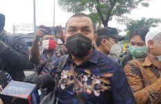 Aziz Yanuar Sebut Habib Rizieq Resmi Bergelar Doktor, Nih Judul Disertasinya - JPNN.com