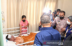 Cosmas Balalembang Selamatkan Ratusan Jemaat Gereja Katedral Makassar - JPNN.com
