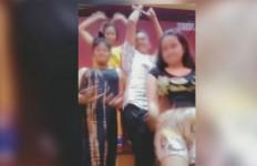 3 Wanita dan 1 Pria Berbuat Terlarang di Dalam Lapas, Videonya Viral - JPNN.com