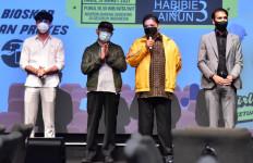 Dukung Industri Perfilman, Menteri Arilangga Ajak Nobar di Bioskop - JPNN.com