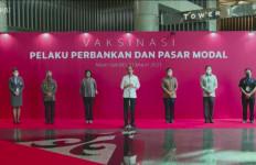 Meninjau Vaksinasi Covid-19, Begini Harapan Jokowi Pada Industri Perbankan - JPNN.com