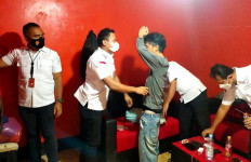 Polisi Gerebek Markas Pemuda Pancasila, Braak, Jangan Bergerak - JPNN.com
