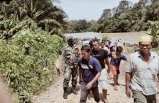 Terjebak 48 Jam Dalam Tambang, Tiga Penambang Emas Liar Ditemukan Meninggal - JPNN.com