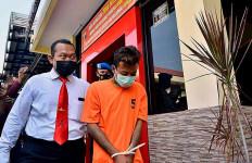 Duh, Anak Aniaya Orang Tua Akibat Sering Dipanggil Bodoh - JPNN.com