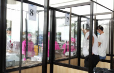 Calon Penumpang di Bandara Juanda Harus Tahu, Ada GeNose C19 Tetapi... - JPNN.com