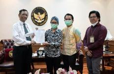 Mahfud MD Bakal Gelar Pertemuan Besar untuk Mengawal Kasus Penganiayaan Jurnalis Tempo - JPNN.com