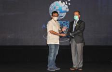 Selamat! Pos Indonesia Raih 2 Penghargaan Digital Technologi & Innovation Award 2021 - JPNN.com