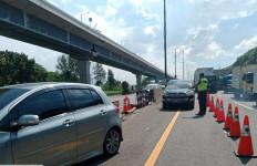 Situasi Terkini Arus Lalu Lintas di Tol Jakarta-Cikampek - JPNN.com