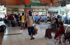Libur Panjang, Jumlah Penumpang dari Terminal Kampung Rambutan Meningkat - JPNN.com