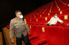 Awas! Berani Langgar Prokes, Eri Cahyadi Bakal Tutup Lagi Bioskop di Surabaya - JPNN.com