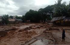 Ini Anggaran Rehabilitasi Rumah Korban Terdampak Banjir dan Longsor di NTT - JPNN.com