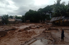 Dahsyatnya Banjir Bandang di Flores Timur, 23 Orang Meninggal Dunia - JPNN.com