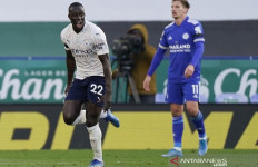 Leicester Telan Kekalahan Kedua, City Diambang Juara - JPNN.com