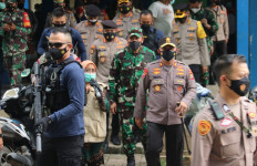 Irjen Fadil Klaim Kampung Tangguh Jaya Berhasil Tekan Kasus Covid-19 - JPNN.com