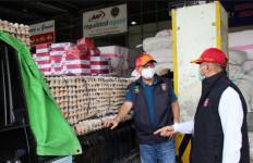 Respons Cepat Korban Banjir di Bima, Kemensos Kirimkan Makanan, Perahu hingga Genset - JPNN.com