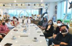 Bamsoet Terima Tim Produksi Film 'Ali Sadikin The Movie' - JPNN.com
