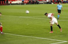 Atletico Kalah dari Sevilla, Persaingan di Klasemen La Liga Makin Panas - JPNN.com