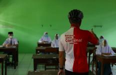 Sidak ke Sekolah, Pak Ganjar Sempat Diadang Satpam - JPNN.com