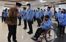 Seskemenpora Gatot Lantik Pejabat Fungsional Tertentu dan Pranata Keuangan APBN - JPNN.com