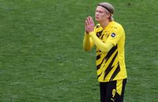 MU Ogah Gaet Pemain Mahal asal Dortmund, Pilih Incar 2 Pemain Lain - JPNN.com