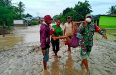 Beri Sumbangan dan Bantuan untuk Korban Bencana lewat NTT Youth Project - JPNN.com