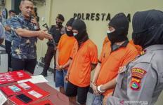 Jadi Bandar Narkoba, Oknum ASN Ini Langsung Dijemput Polisi - JPNN.com