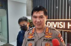 Polri Mengerahkan 292 Personel Brimob Nusantara dan Kendaraan Taktis ke NTT - JPNN.com