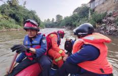 Rizki Tewas di Kali Ciliwung saat Berenang Bersama Temannya, Kondisi Mengenaskan - JPNN.com