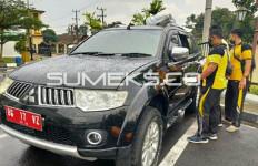 Mobil Pejabat Pemkab OKUS Dibobol Maling, Laptop dan Tas Berisi Uang Raib - JPNN.com