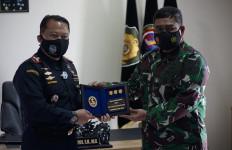 Menjalin Sinergi, Bea Cukai Menerima Kunjungan TNI AL Pantoloan dan Ternate - JPNN.com