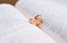 5 Periode Pernikahan yang Bisa Mengakibatkan Terjadinya Perselingkuhan - JPNN.com